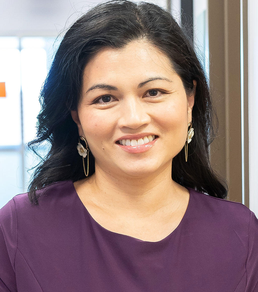 Headshot of Sara Garza
