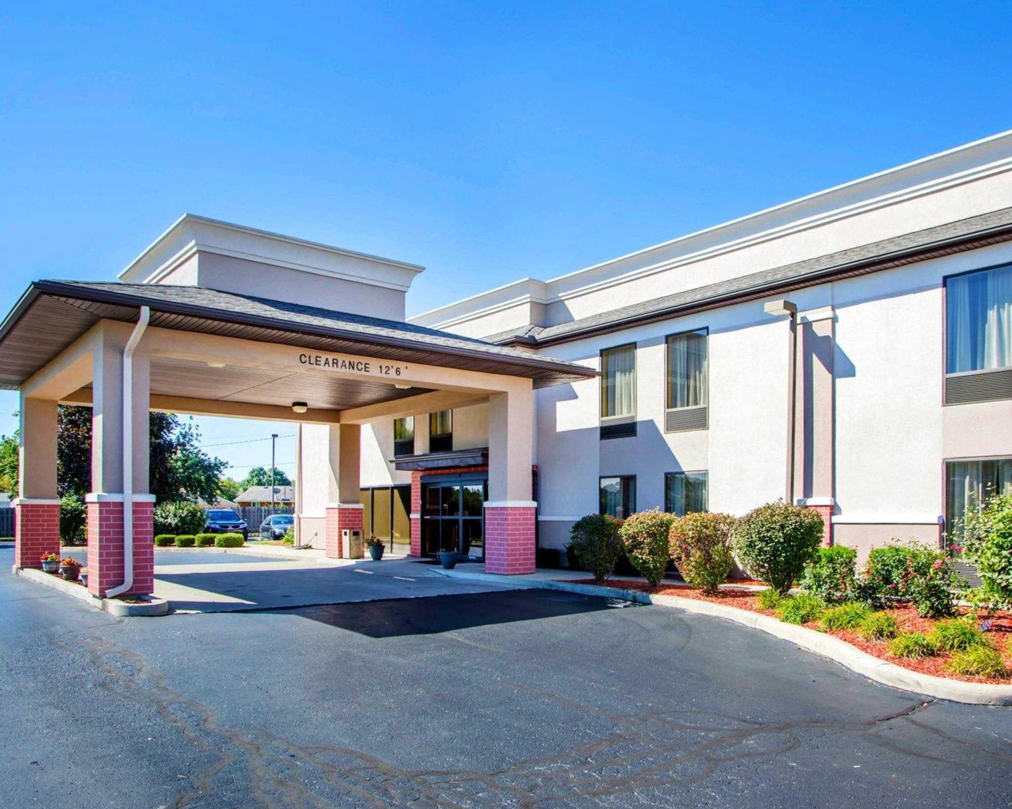 comfort inn dayton huber heights in dayton oh hotels. Black Bedroom Furniture Sets. Home Design Ideas