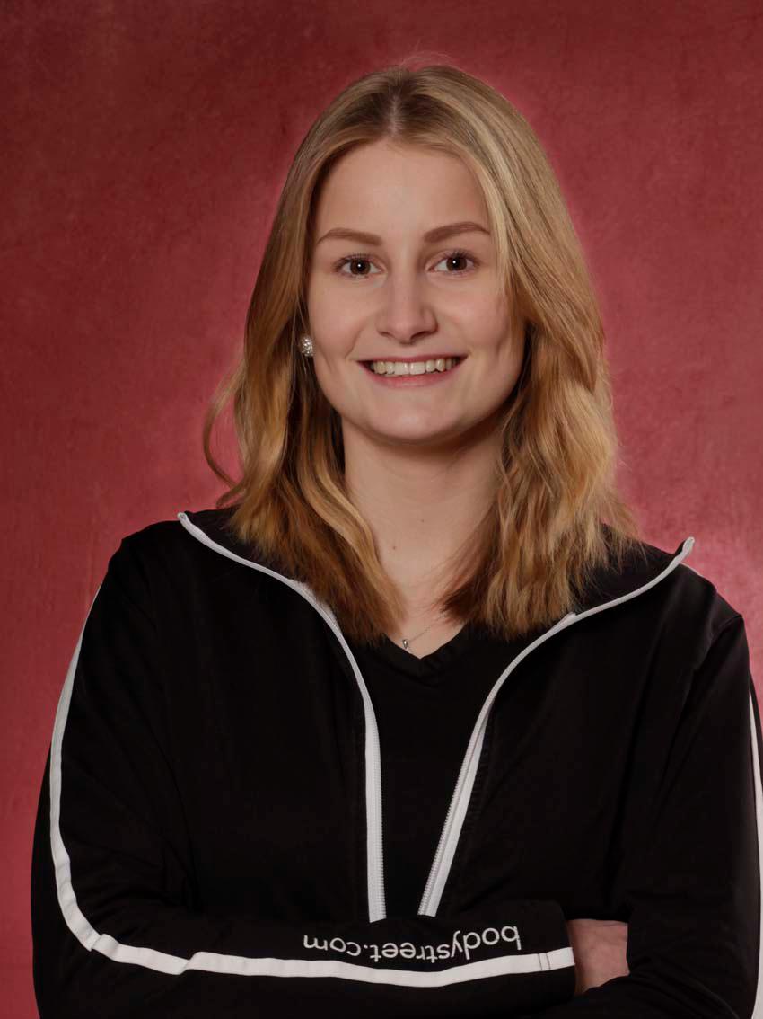Paulina Bode - Personal Trainerin, Trainee Studioleitung, Master of Arts Prävention und Gesundheitsmanag.