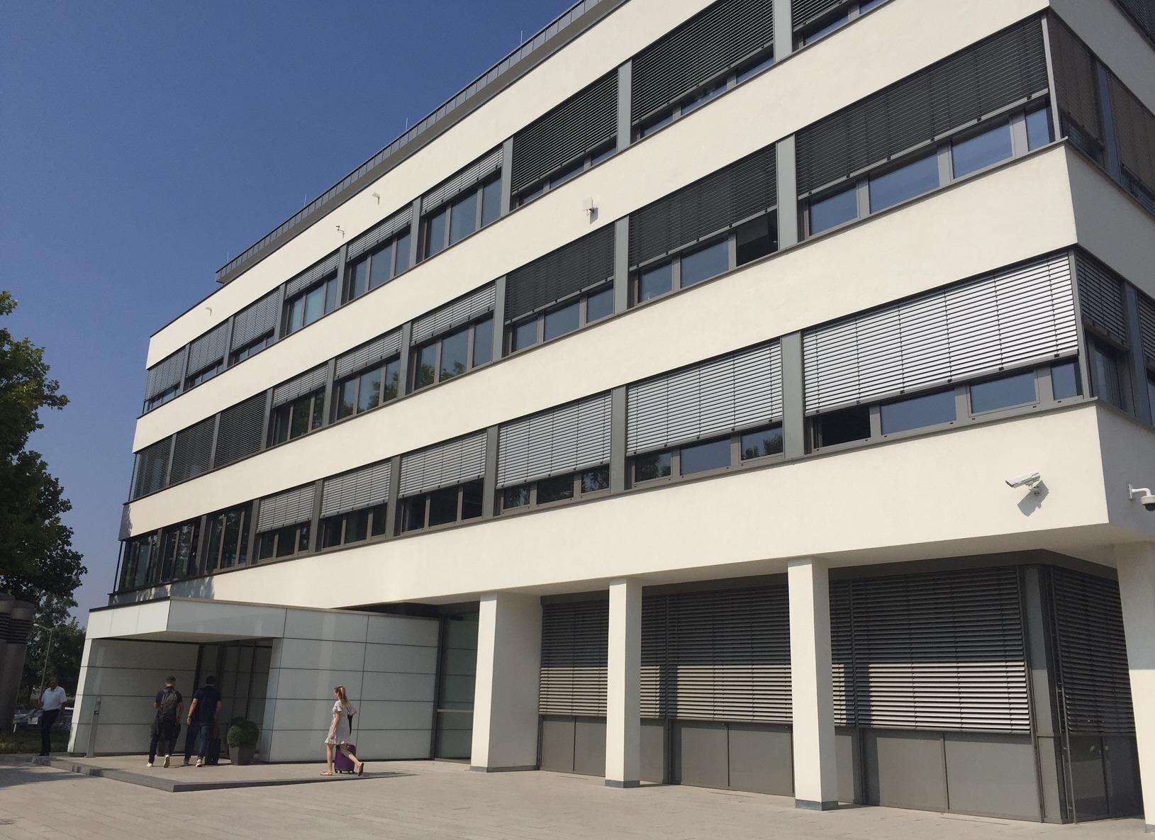 advantago GmbH & Co. KG
