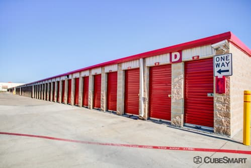 Images CubeSmart Self Storage