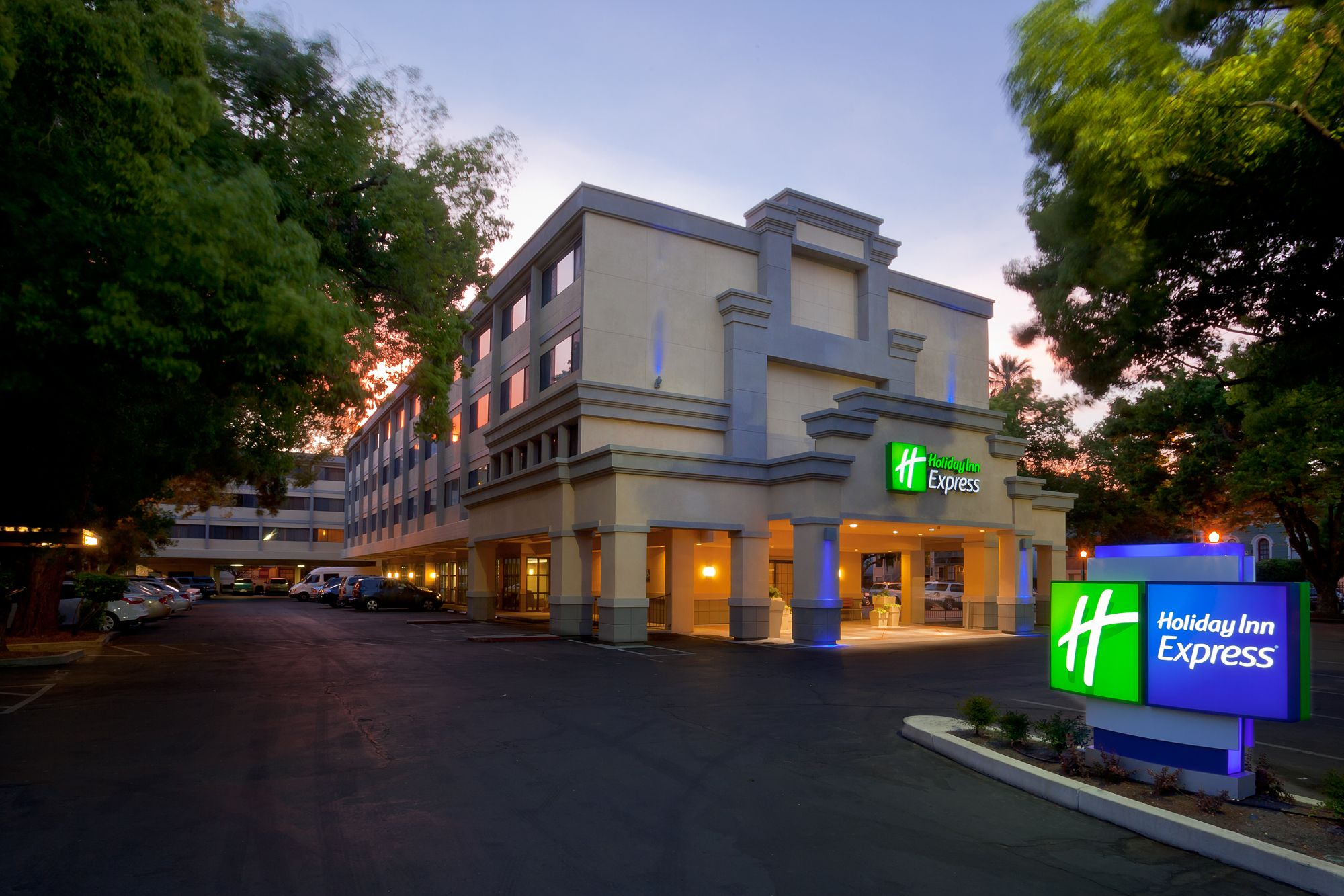 Holiday Inn Express Hotel amp Suites Chambersburg  UPDATED