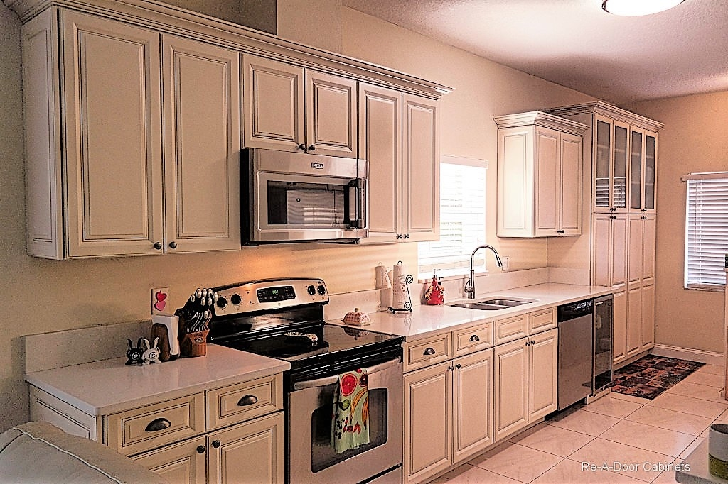 Kitchen cabinet refacing tampa fl cabinets matttroy for Kitchen cabinets tampa
