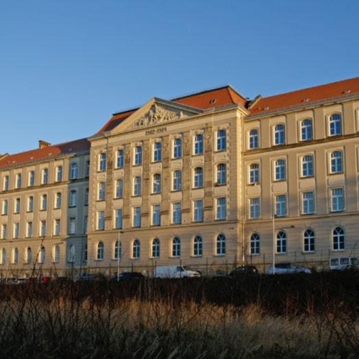 TÜV Rheinland Schule