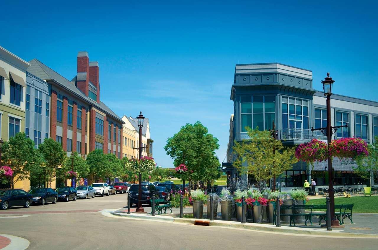 Hotels Near Oak Park Mall Overland Park
