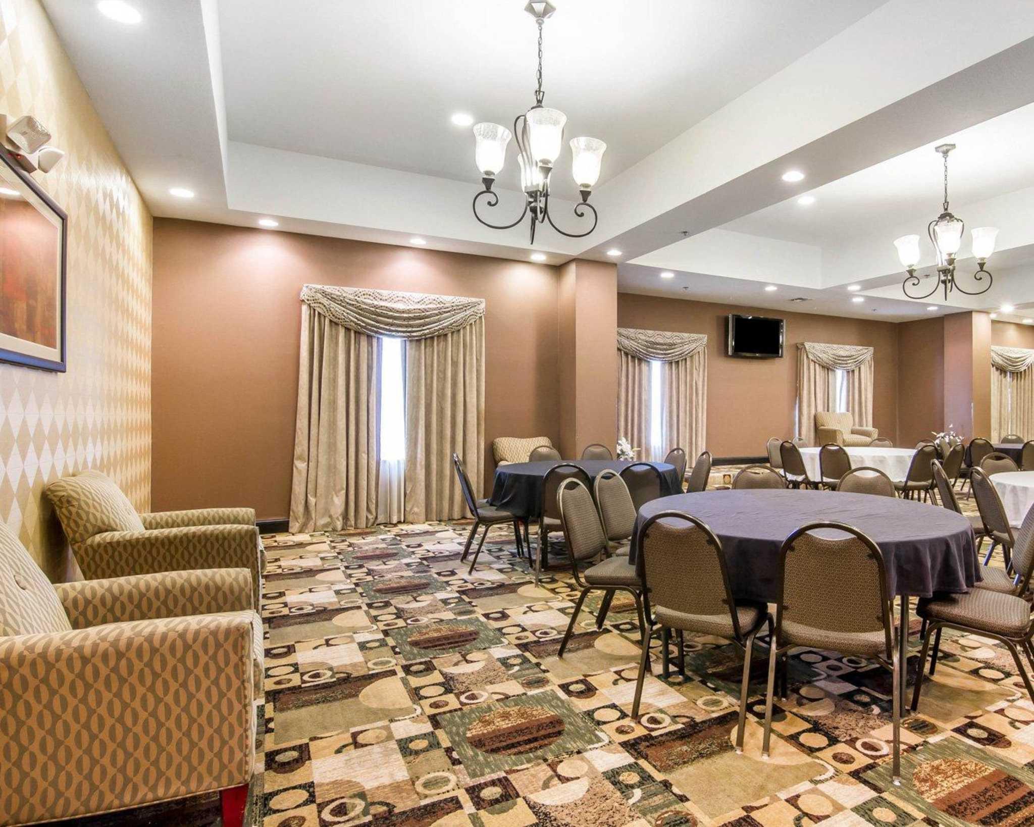Comfort Inn Amp Suites Longview South I 20 Coupons Near Me