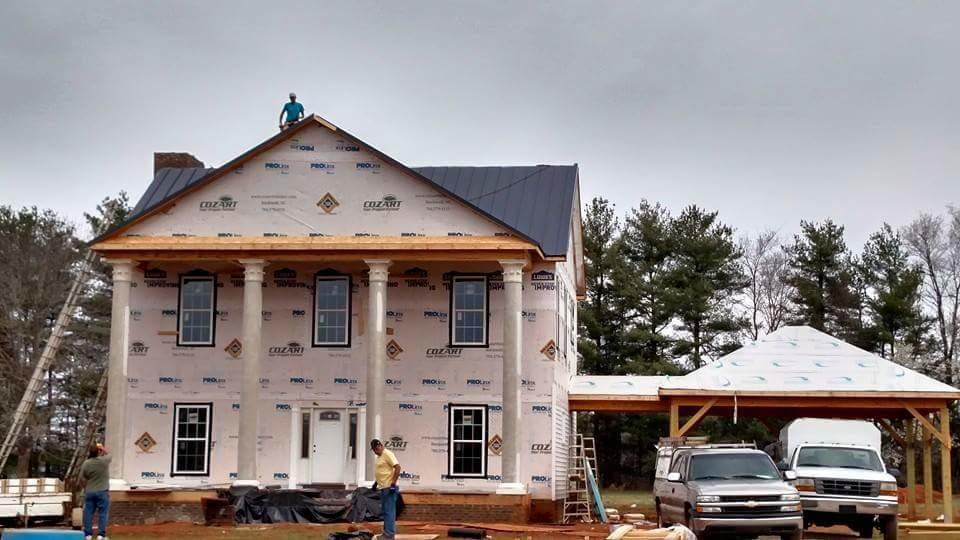Lowry's Roofing and Construction