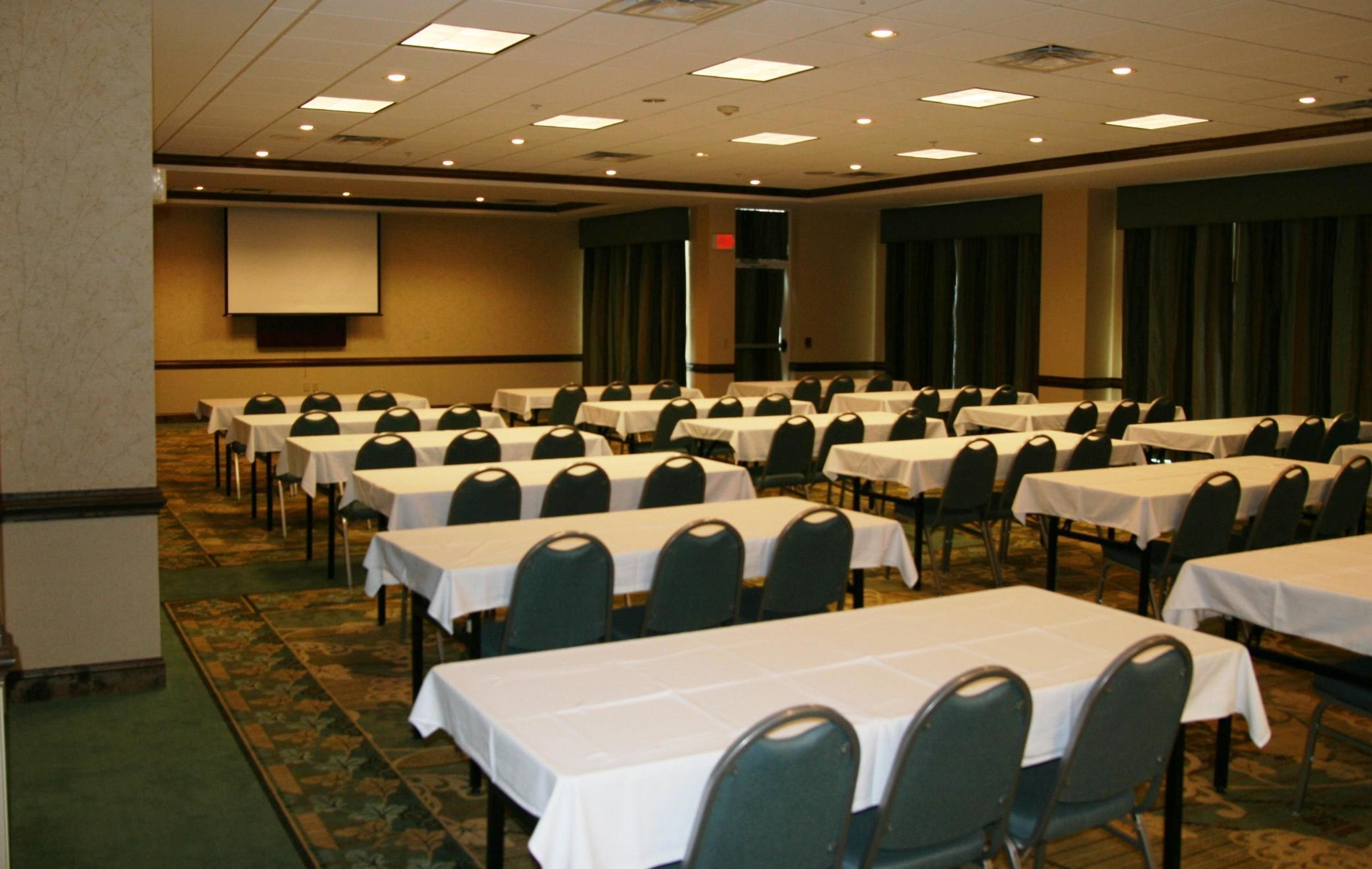 Candlewood Suites Valdosta Mall - Extended Stay Hotel in