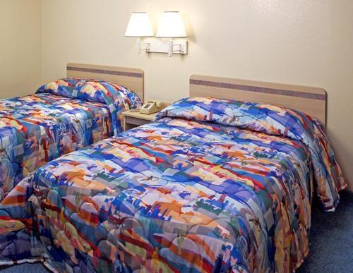 Motel 6 Gulfport image 1