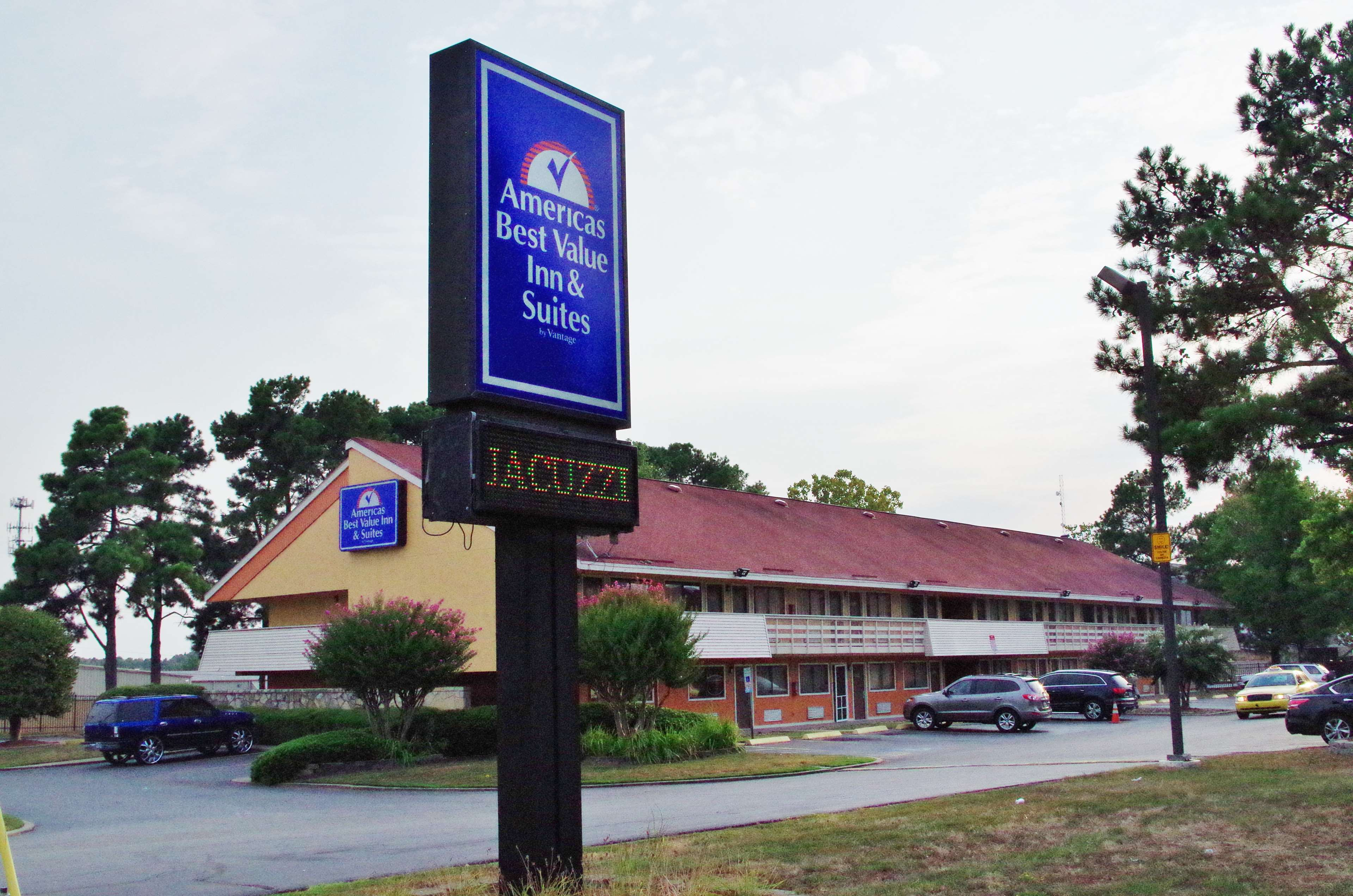 Americas best value inn suites little rock coupons near for Americas best coupon code