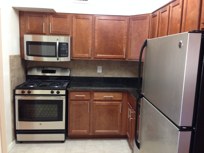 Clarence House Apartments - Washington, DC - Stainless steel appliances at Clarence House Apartments