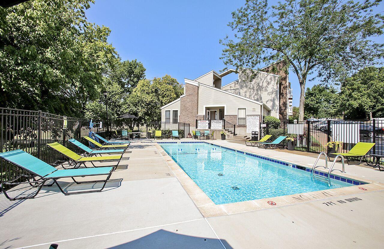 The Avalon Apartment Homes, Chesterfield Missouri (MO ...