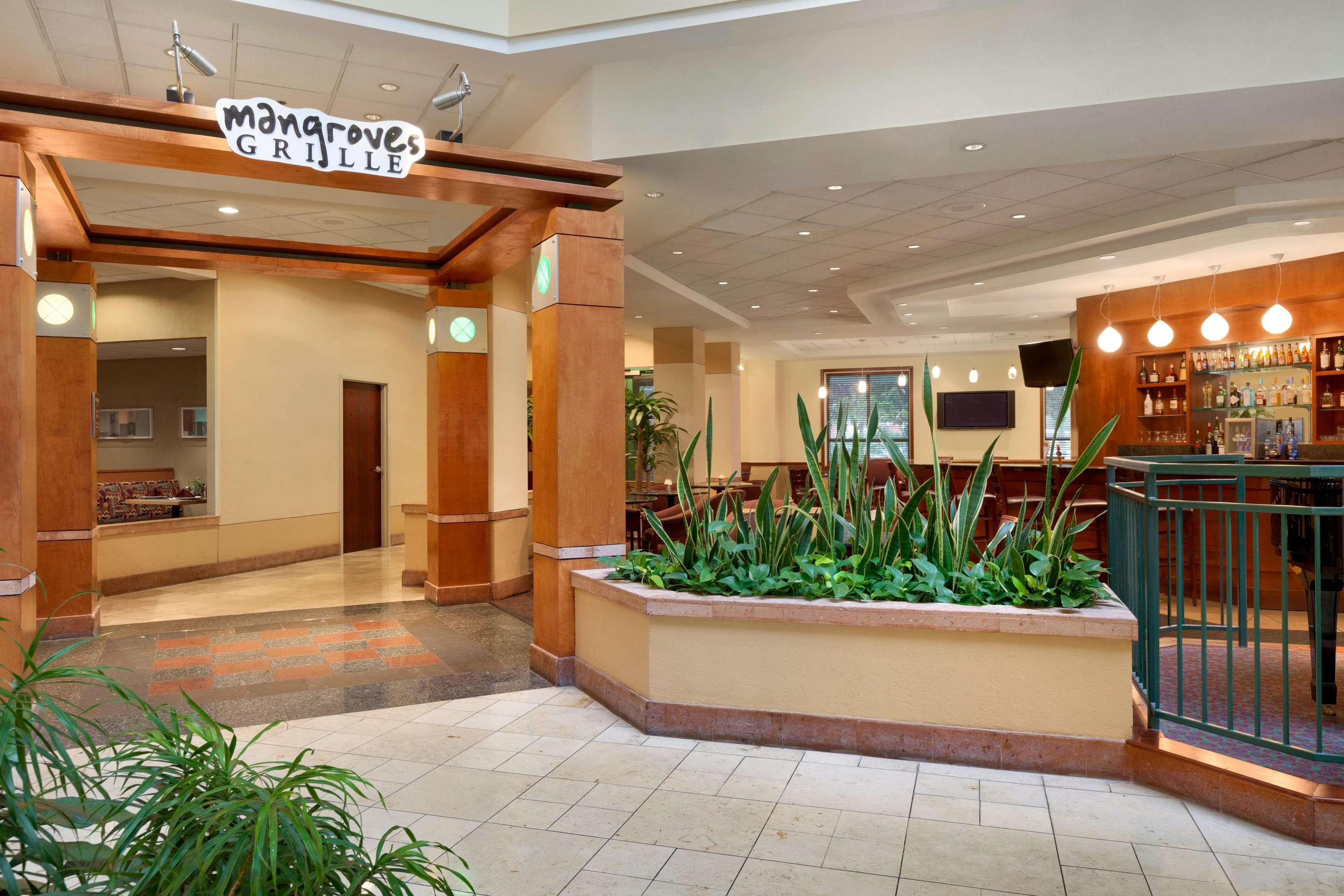 Embassy suites by hilton tampa usf near busch gardens - Coca cola busch gardens discount ...