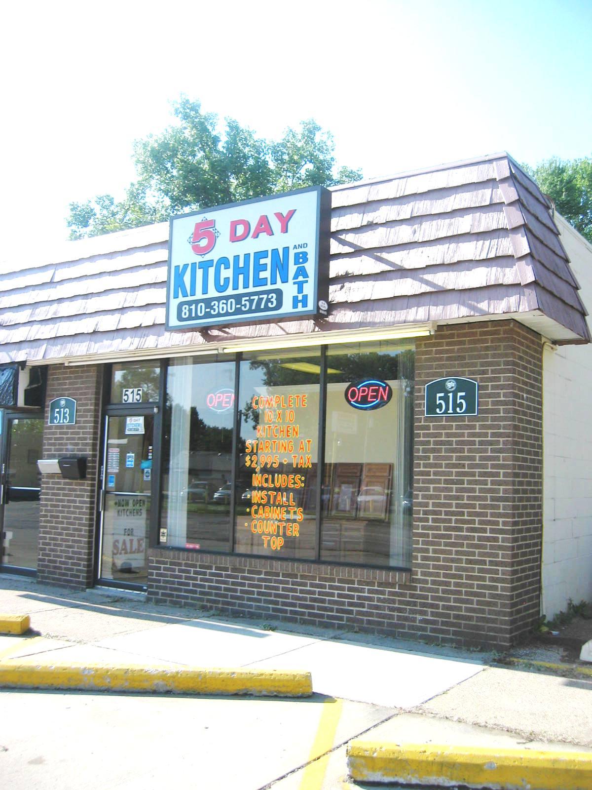 5 Day Kitchen and Bath Cabinets - Madison Heights, MI