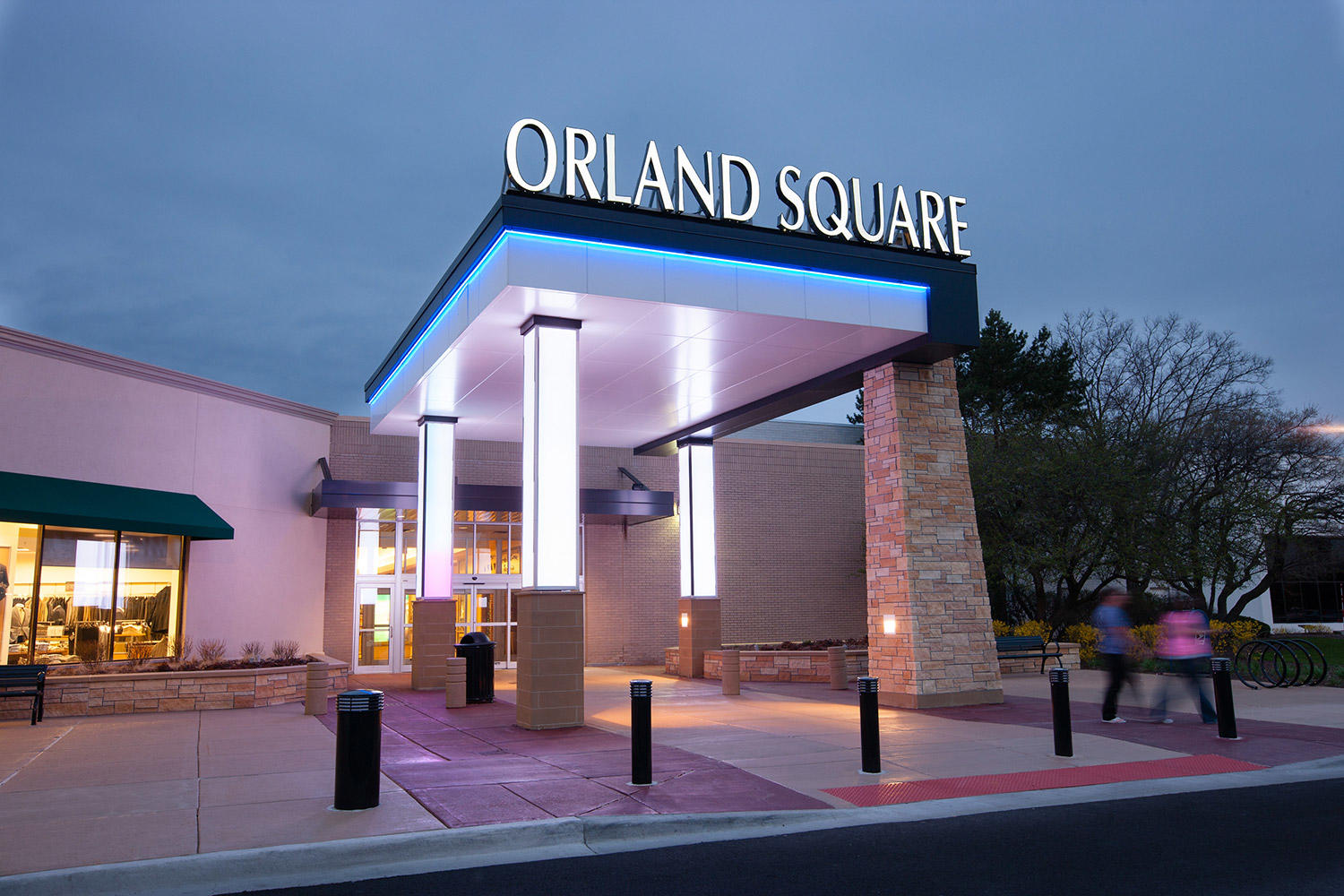 Orland Square page includes information from mall – mall shopping hours, location and directions, stores and malls locator. Stores or factory outlet stores listing search on the list below. Look at Orland Square Events & Sales & News and find information about sales, coupons, news, needloanbadcredit.cfon: Orland Square Dr, Orland Park, Illinois-IL