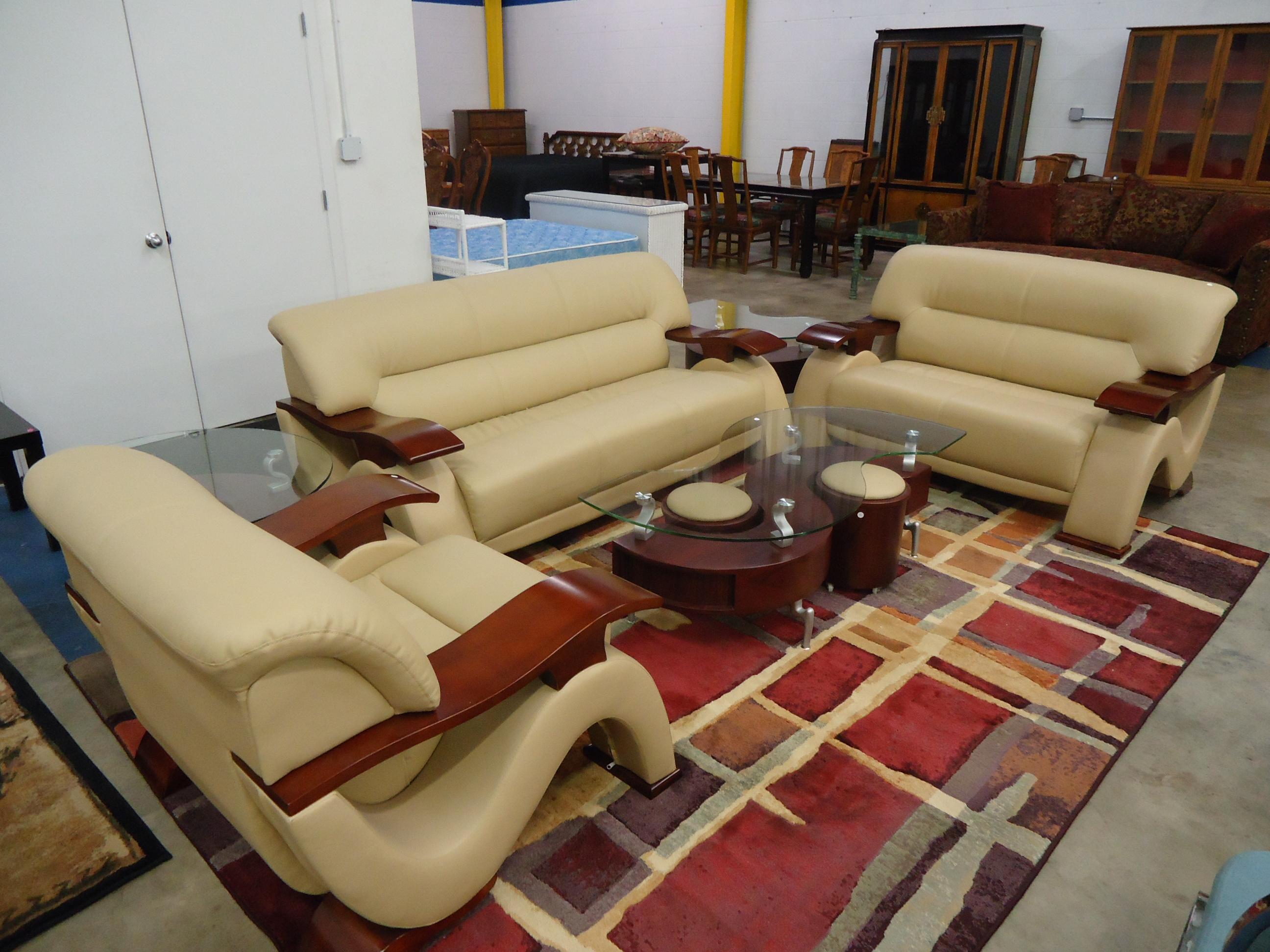 Furniture Auctions Orlando Fl Artegon Marketplace Foodcourt Thursday Jul 13 J World Of Decor