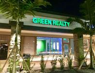 Broward County Real Estate Brokerage - Broker Patty Da Silva and Team Leader Realtor Chris Green.