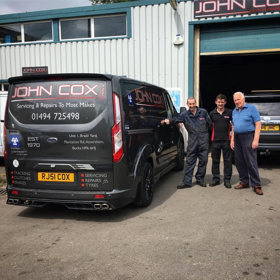 John Cox & Son Motoring Engineers Logo