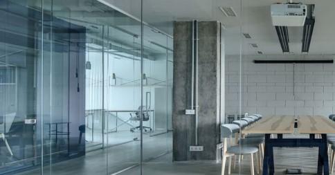 KM Glass Design 3