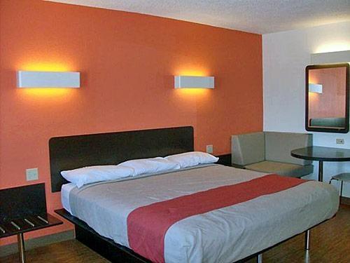 Motel 6 Winchester VA image 1