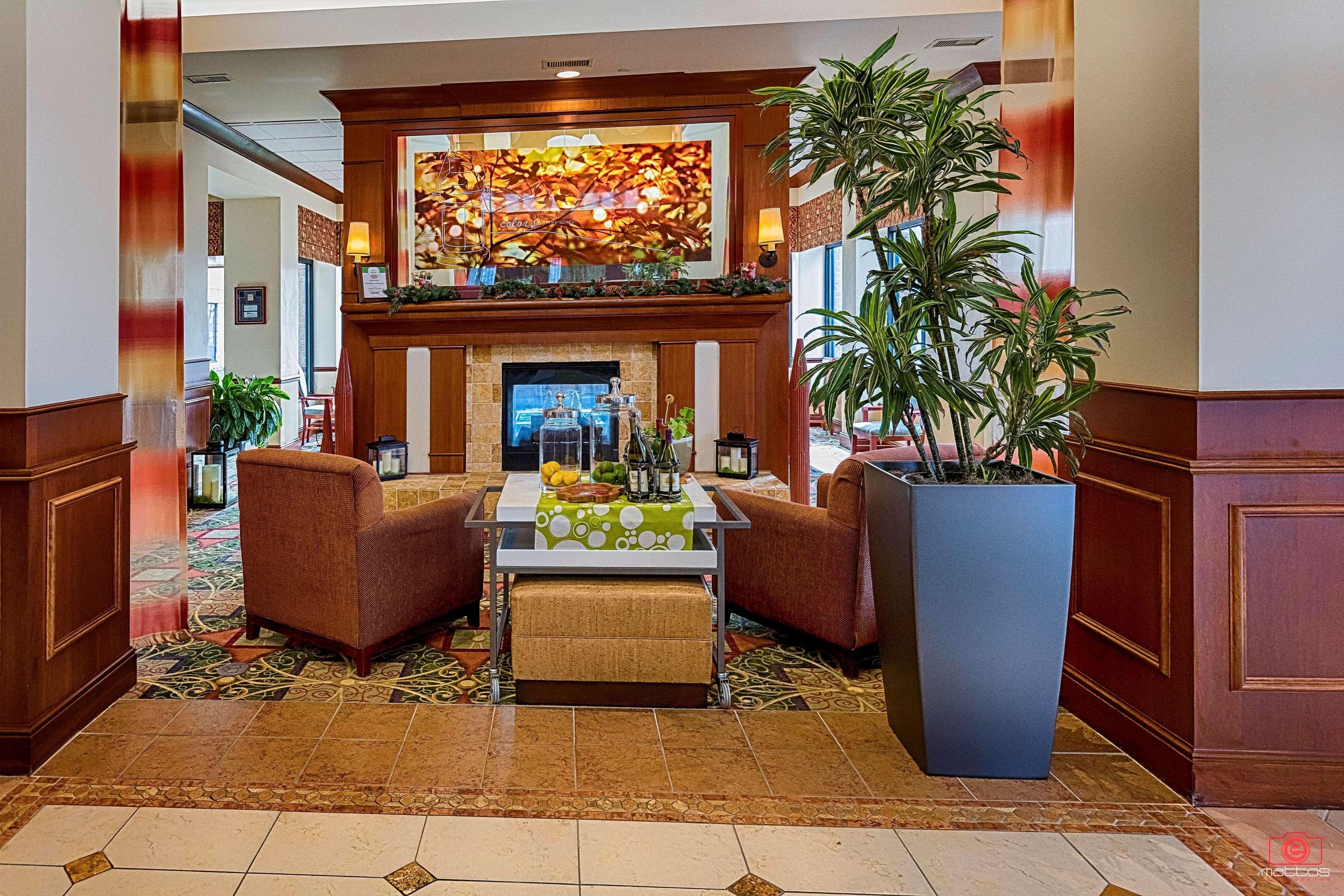 Hilton Garden Inn Oconomowoc In Oconomowoc Wi 53066