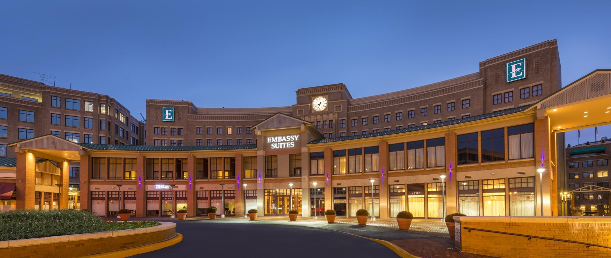 Embassy suites by hilton alexandria old town alexandria virginia va for Hilton garden inn old town alexandria