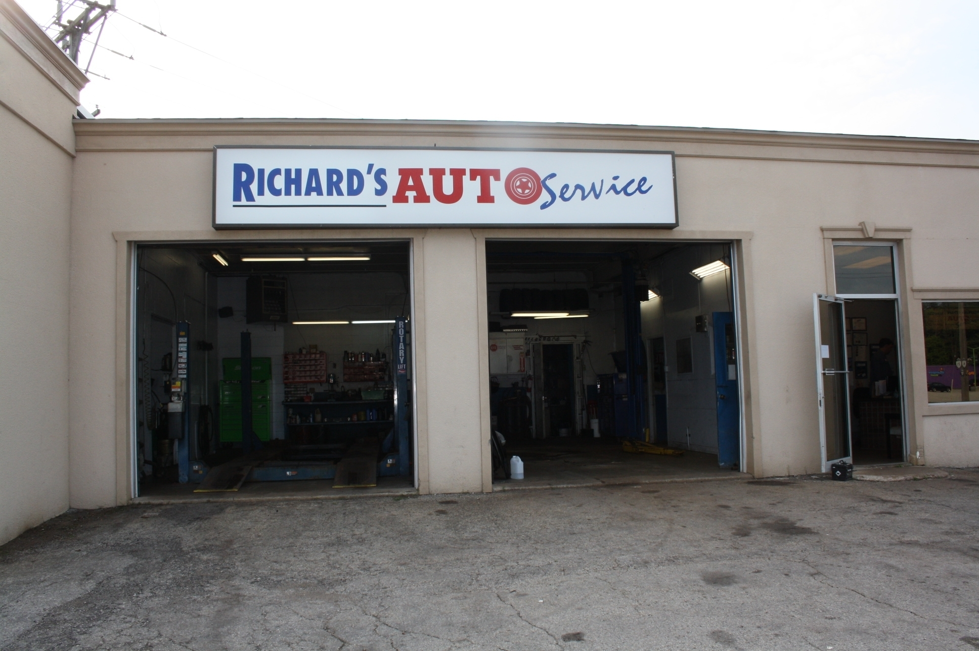 Images Richard's Auto Service