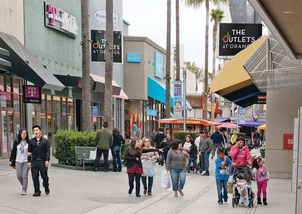 Tanger Outlets is your one-stop style destination. Find a location near you, wherever you are. Whether you're shopping on vacation or at home, Tanger Outlets is your one-stop Sign up for tips, trends, discount coupons, sales offers and special promotions at Tanger Outlets. Email Address.