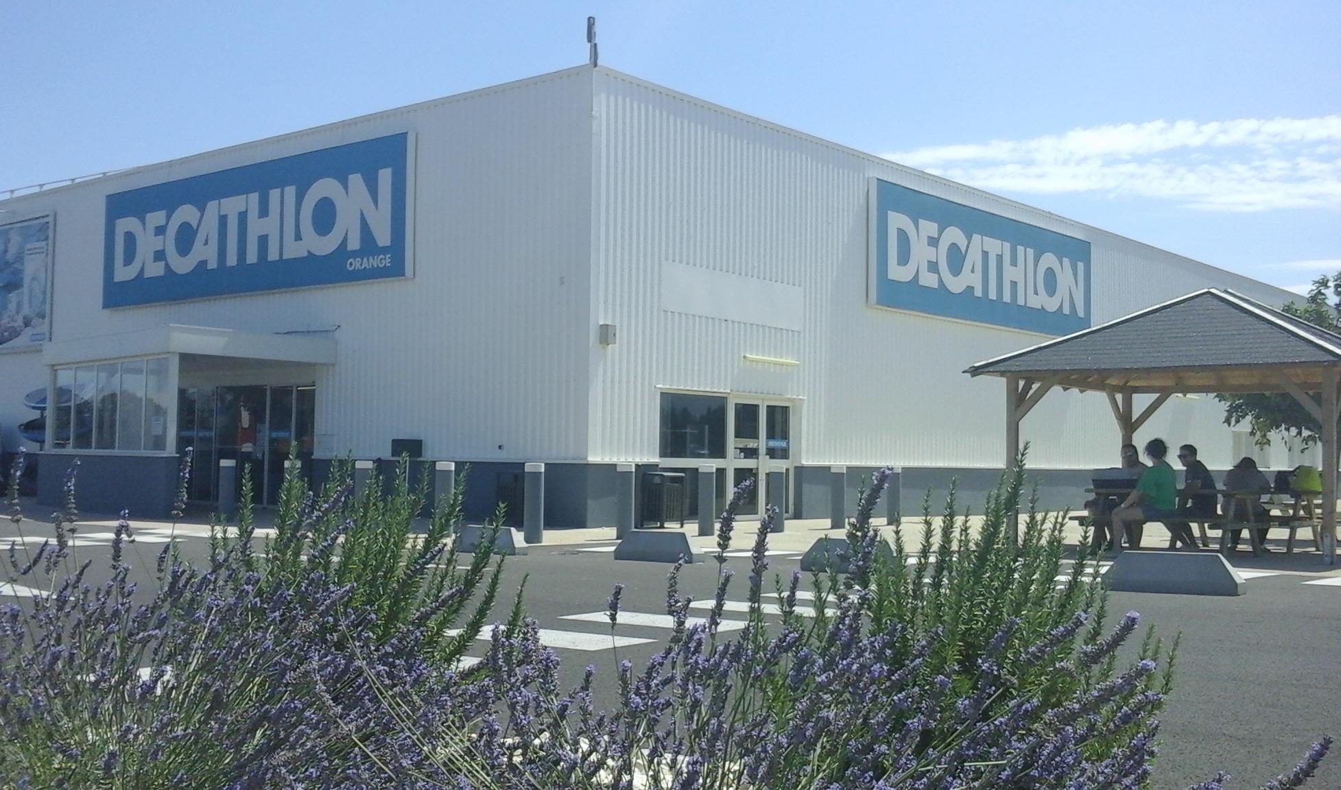 Decathlon Orange