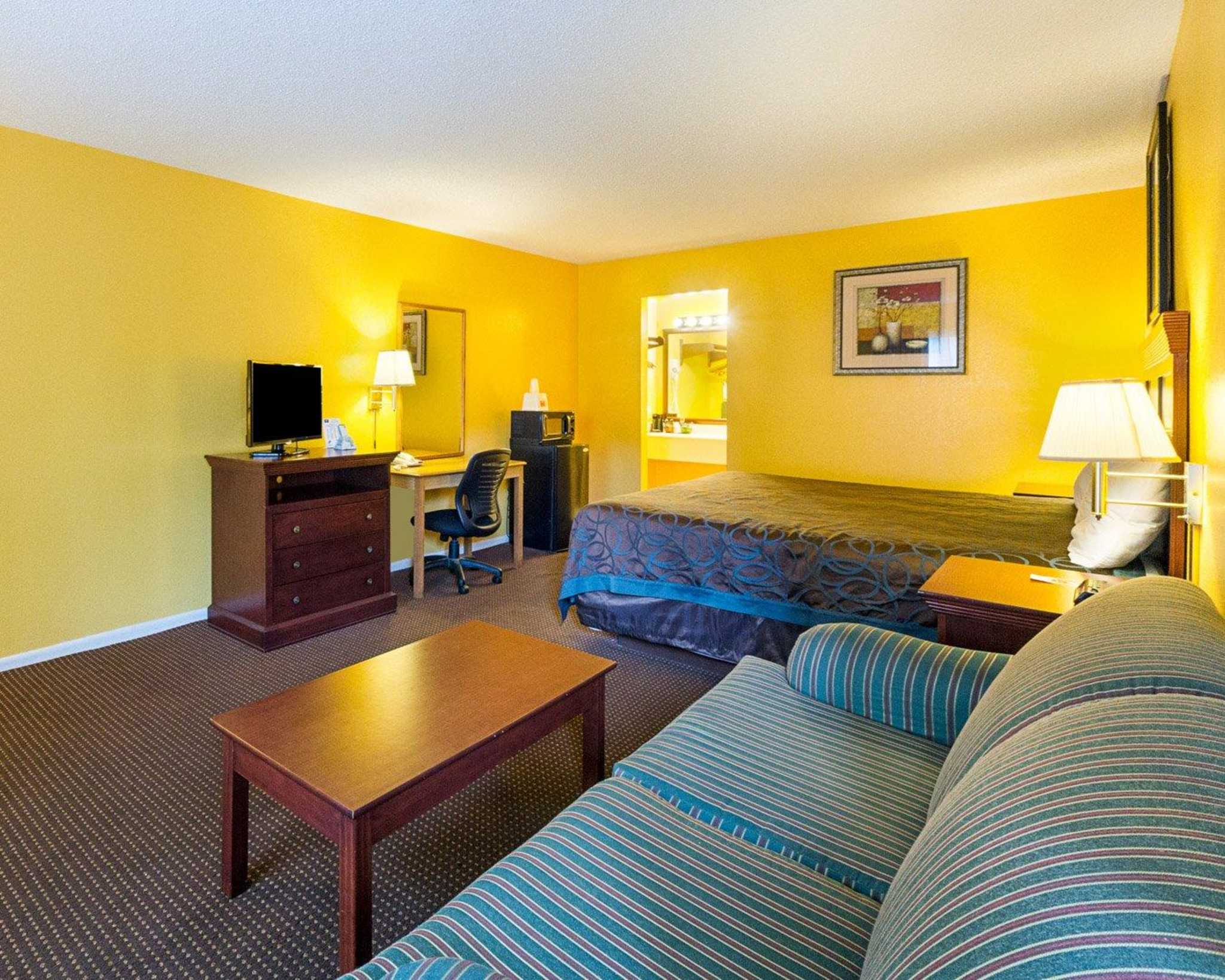 Econo Lodge Inn  U0026 Suites Fulton Rockport  Fulton Texas  Tx