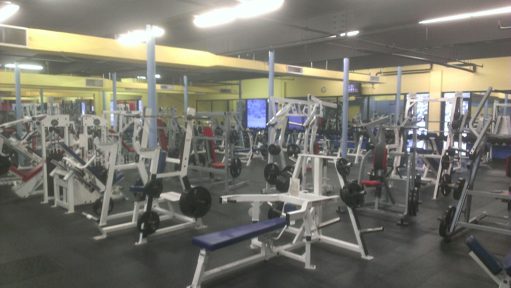 Salem fitness center coupons near me in