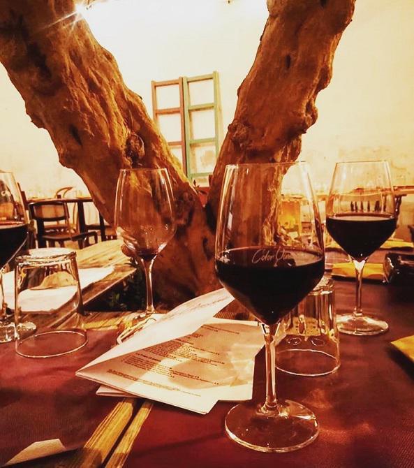 Color Vinaccia - Vineria con Cucina