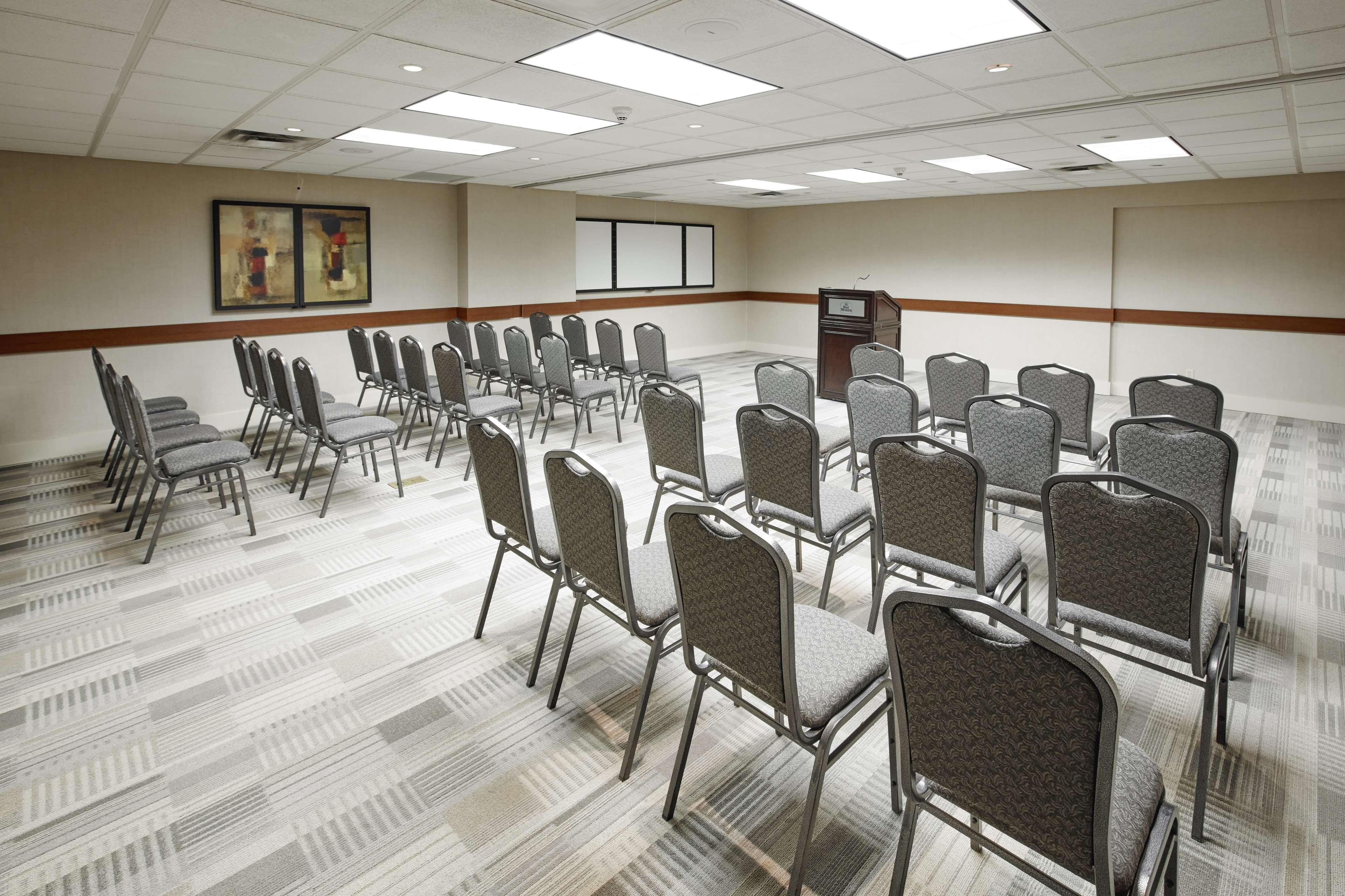 Meeting Space Best Western Plus Orangeville Inn & Suites Orangeville (519)941-3311