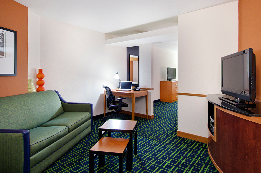 Fairfield Inn Amp Suites By Marriott Conway Conway Arkansas