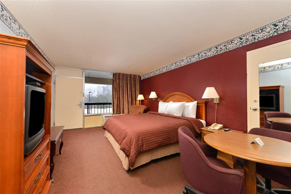 Hotels In Commerce Ga With In Room Jacuzzi