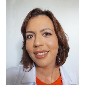 Larissa Lobato, Apn-C