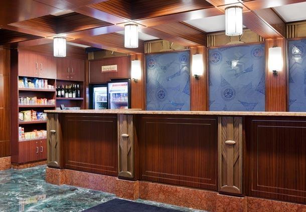 Center City Philadelphia Hotel - Residence Inn by Marriott Philadelphia Center City - 24 Hour Market