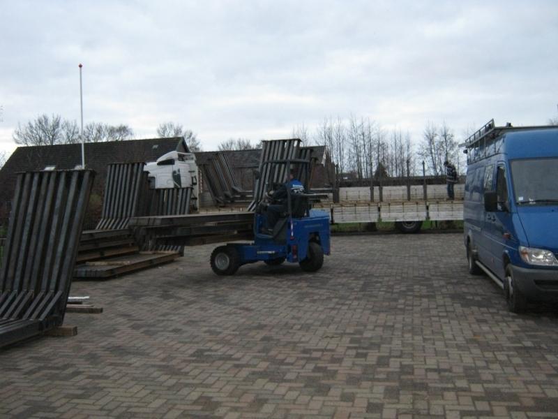 Las-en Montagebedrijf Van den Dikkenberg BV
