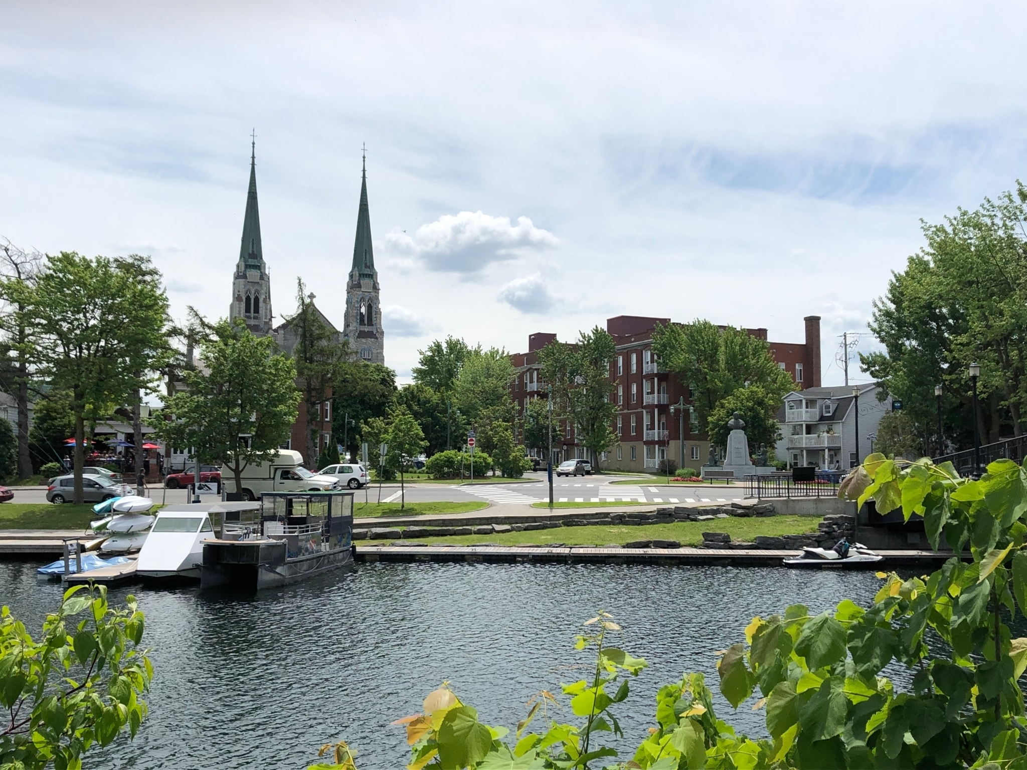 Retirement on the water! Manoir Du Vieux Canal Salaberry-de-Valleyfield (450)631-1302