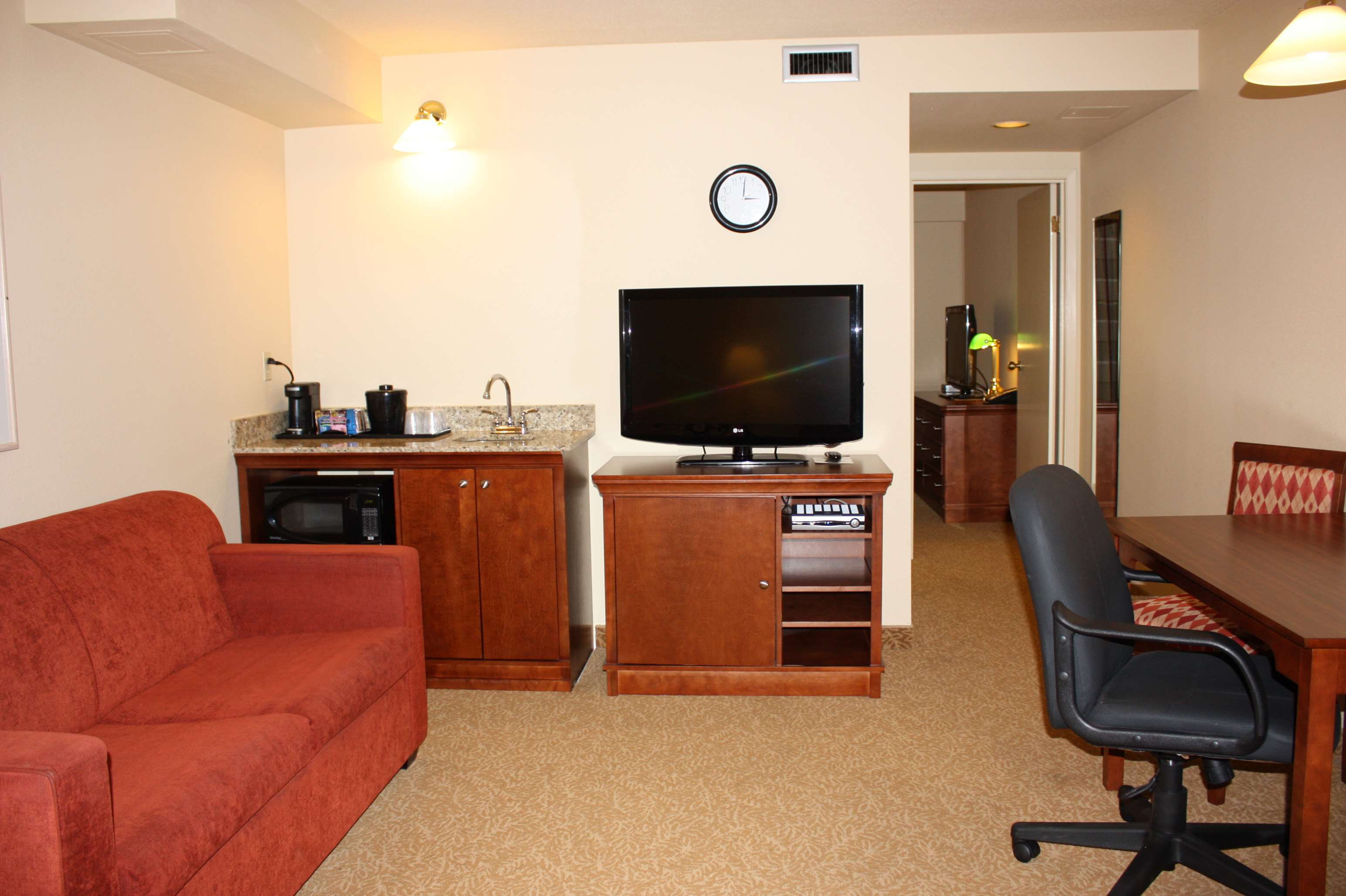 Country Inn & Suites by Radisson, Regina, SK in Regina: 1 Bedroom Suite-King Bed