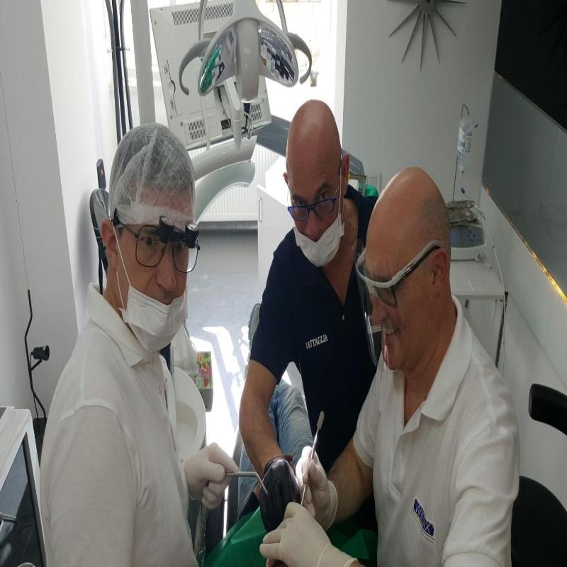 Di Crosta Dr. Giuseppe - Studio Dentistico