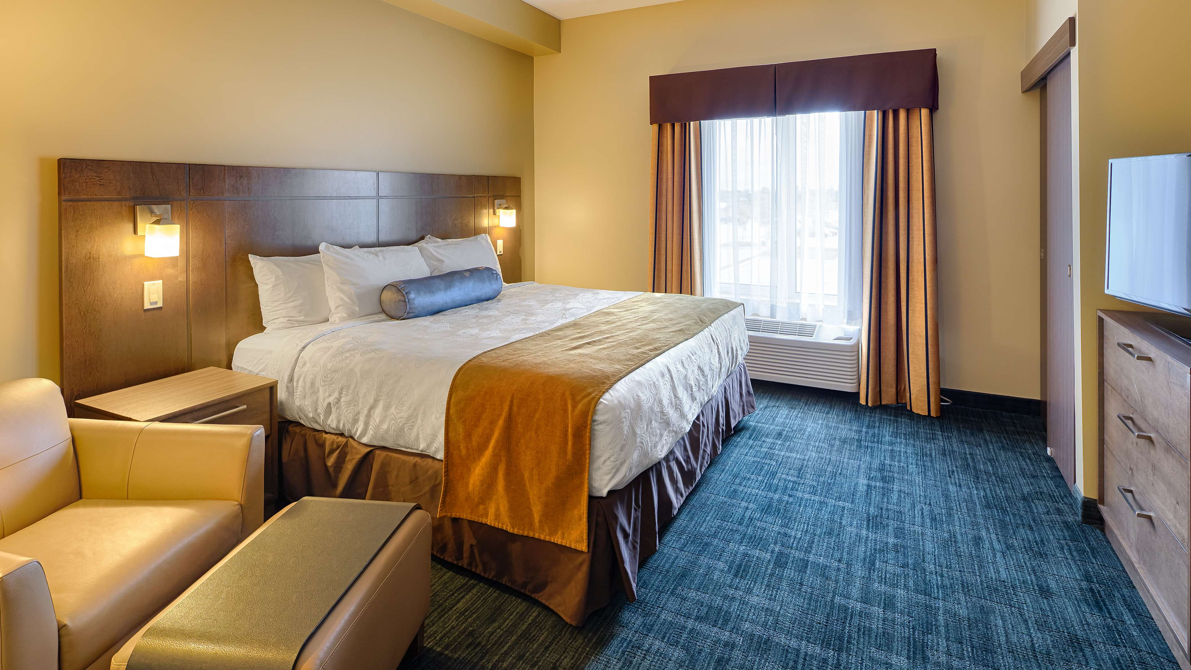 King Accessible Room Best Western Plus Winnipeg West Headingley (204)594-2200