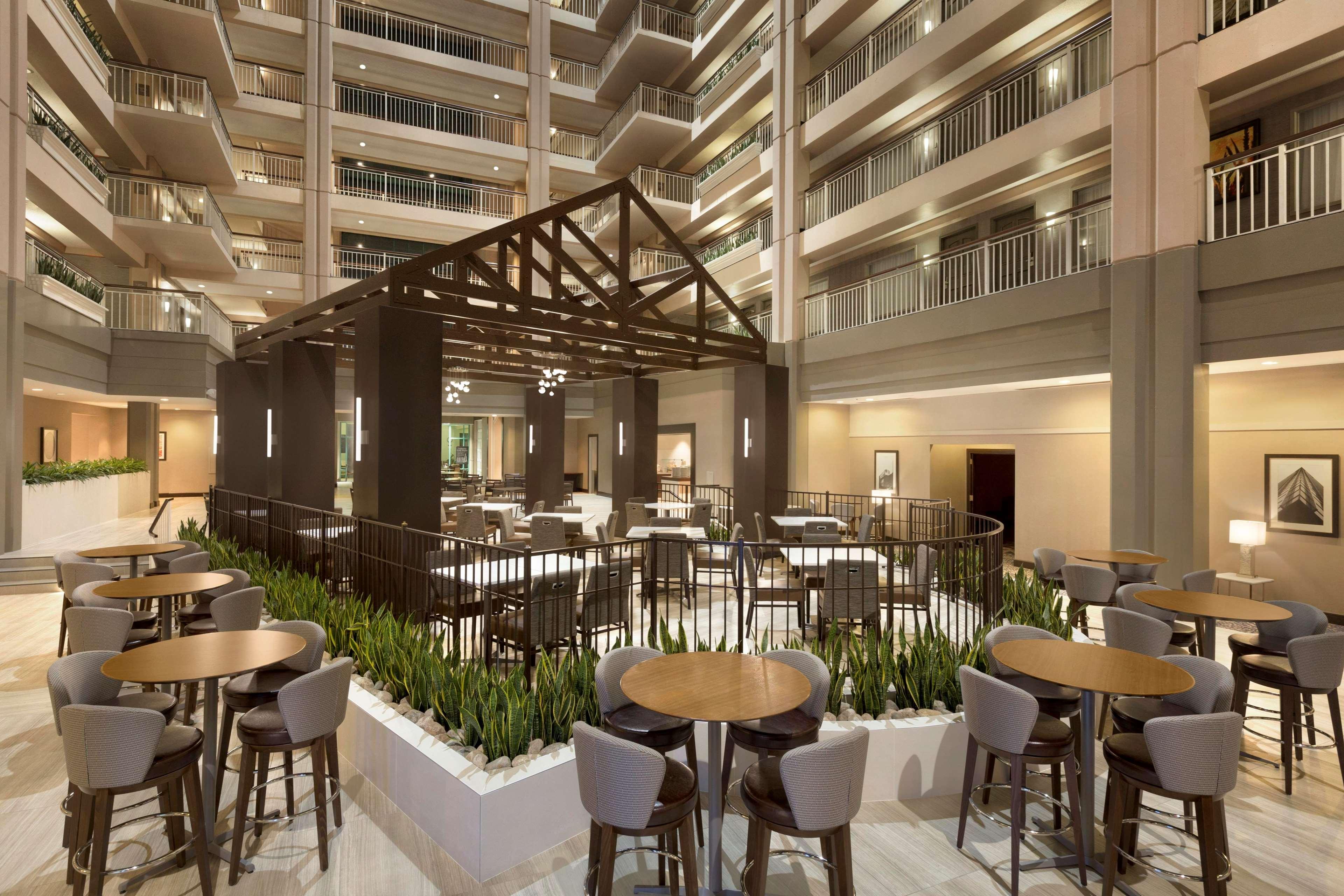 Hotels Near Oak Brook Il