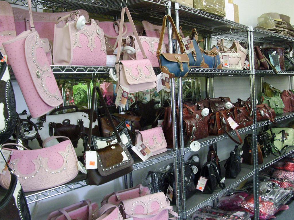 Great Goods Wholesale Handbags