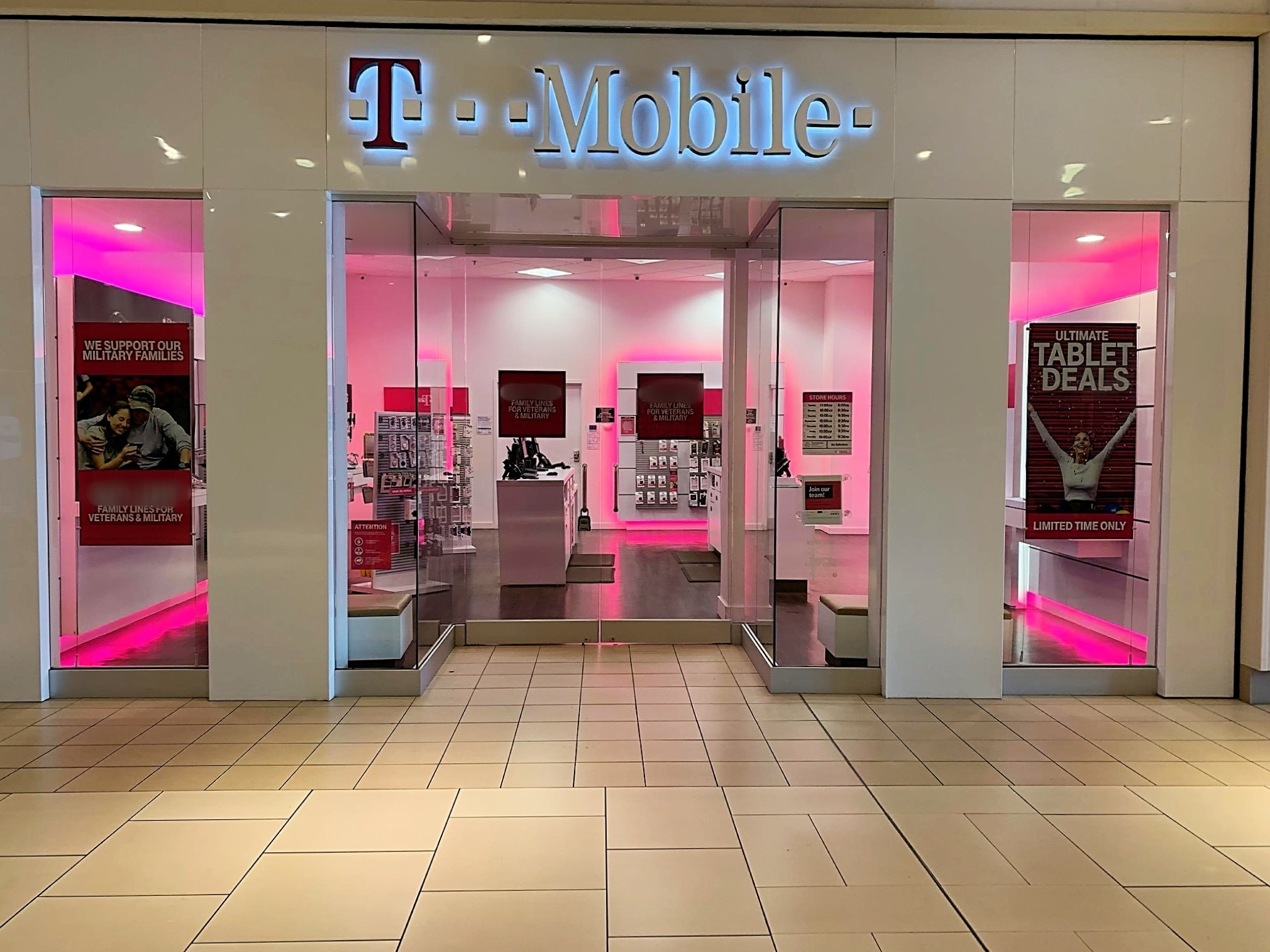 t mobile stores open on sunday