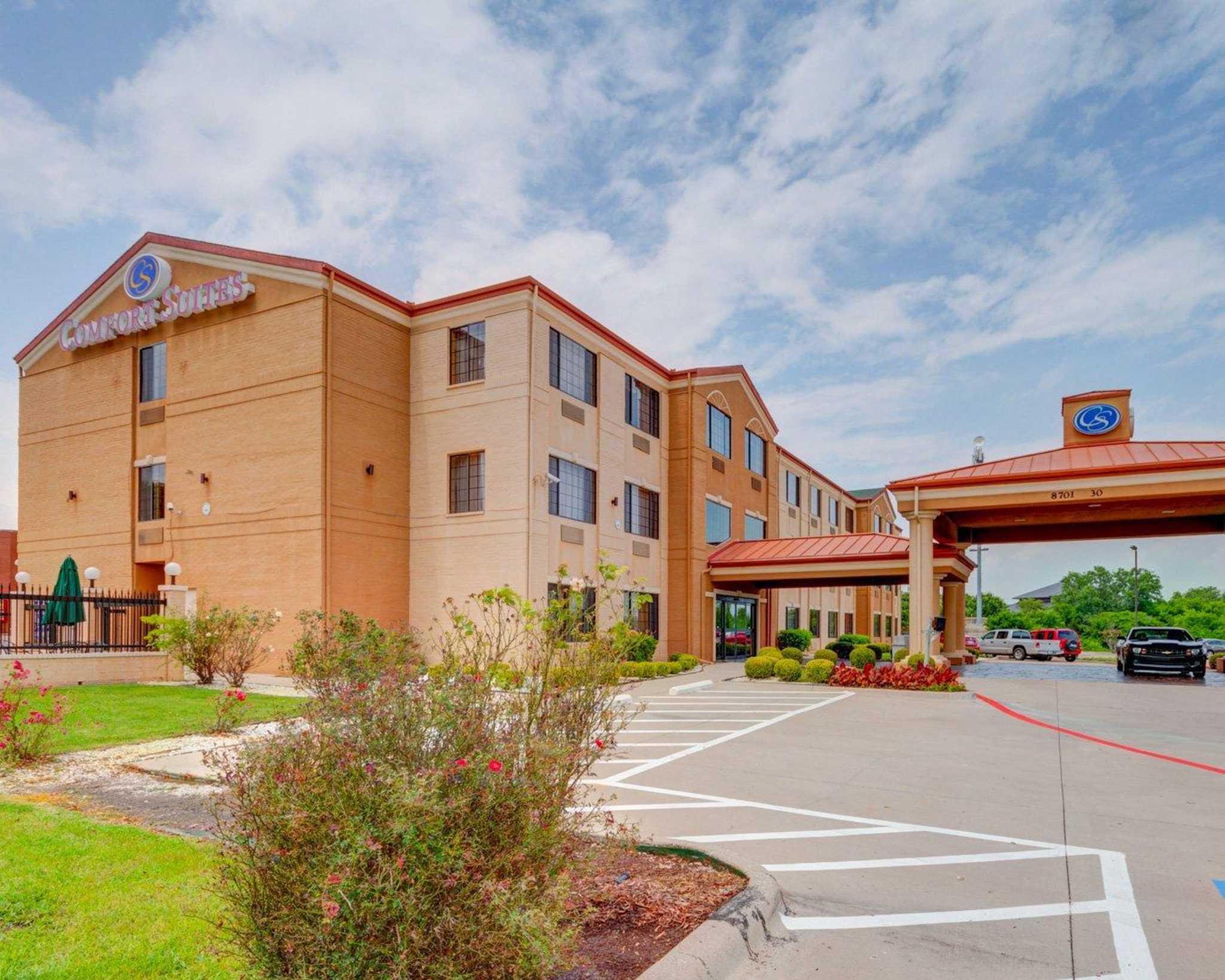 Hotels Near Lake Ray Hubbard