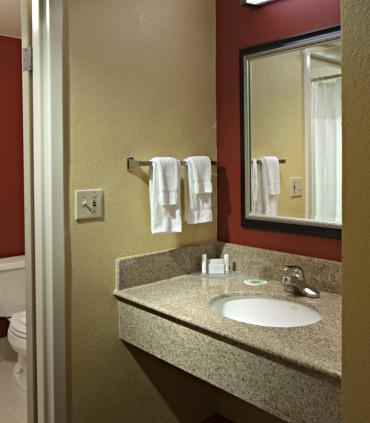 Courtyard By Marriott Fort Myers Cape Coral Fort Myers Florida Fl