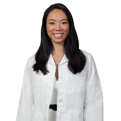 Elizabeth Y Auyang MD