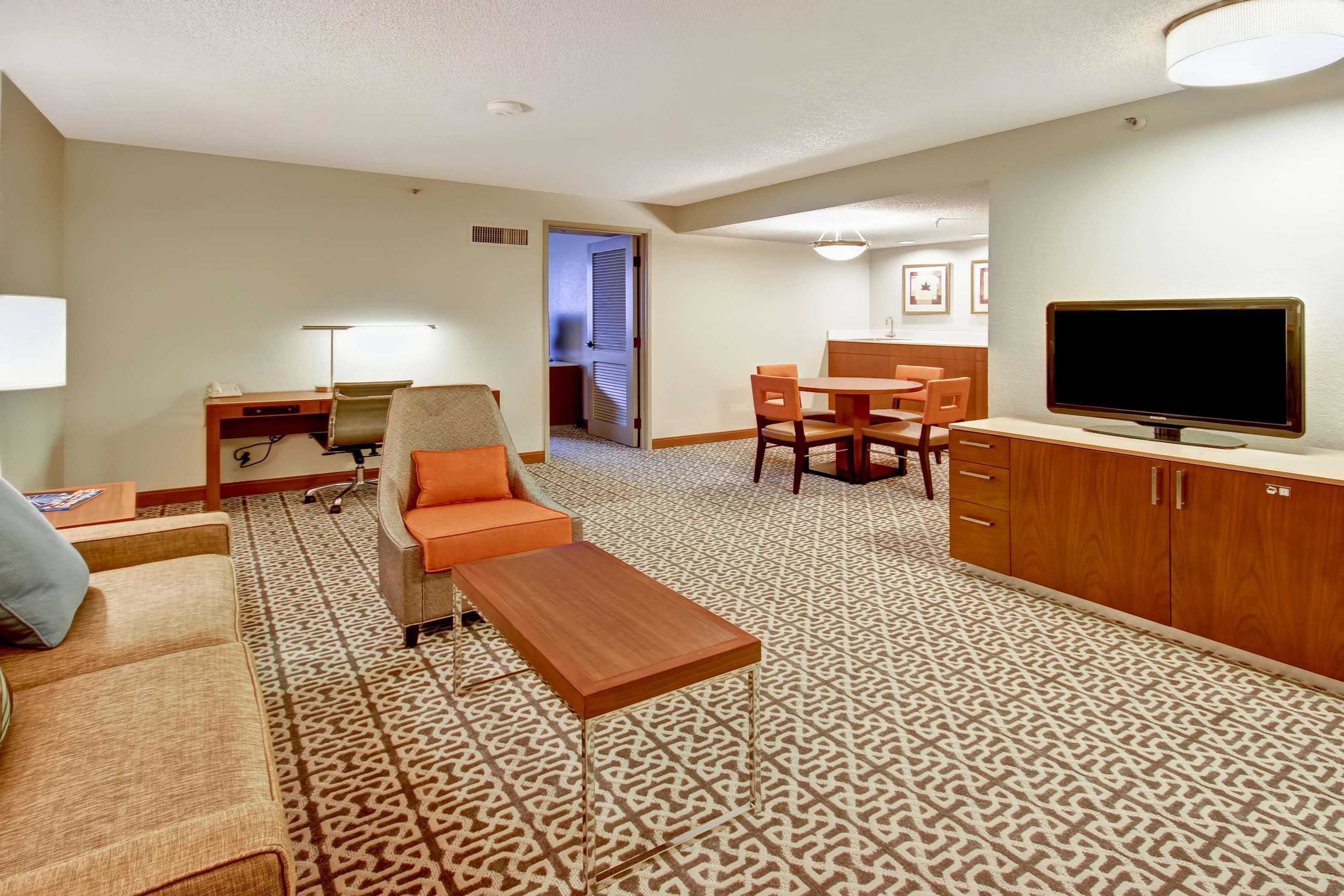 Doubletree Suites By Hilton Hotel Seattle Airport Southcenter