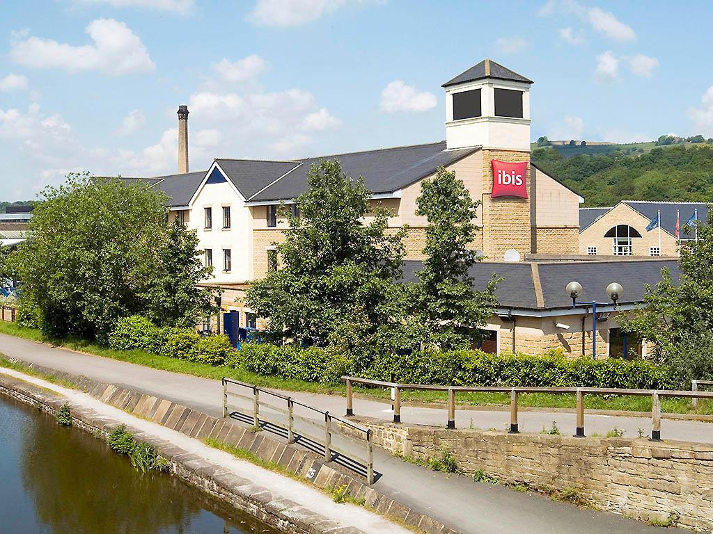 Hotel ibis Bradford Shipley - Bradford, West Yorkshire BD18 3ST - 01274 924320 | ShowMeLocal.com